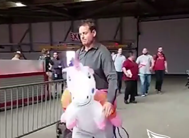 LOOK: Carson Palmer shows up for 'Monday Night Football' game riding a unicorn