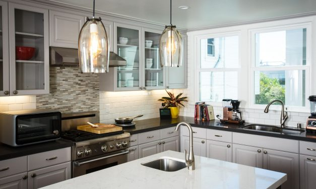 How to Clean Greasy Kitchen in 5 minutes: Useful Tips