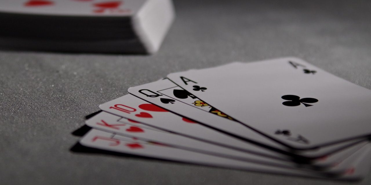 Beginners And Seasoned Pro Tips To Improve Online Poker Strategies