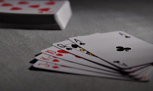 Beginners And Seasoned Pro Tips To Improve Online Poker Strategies