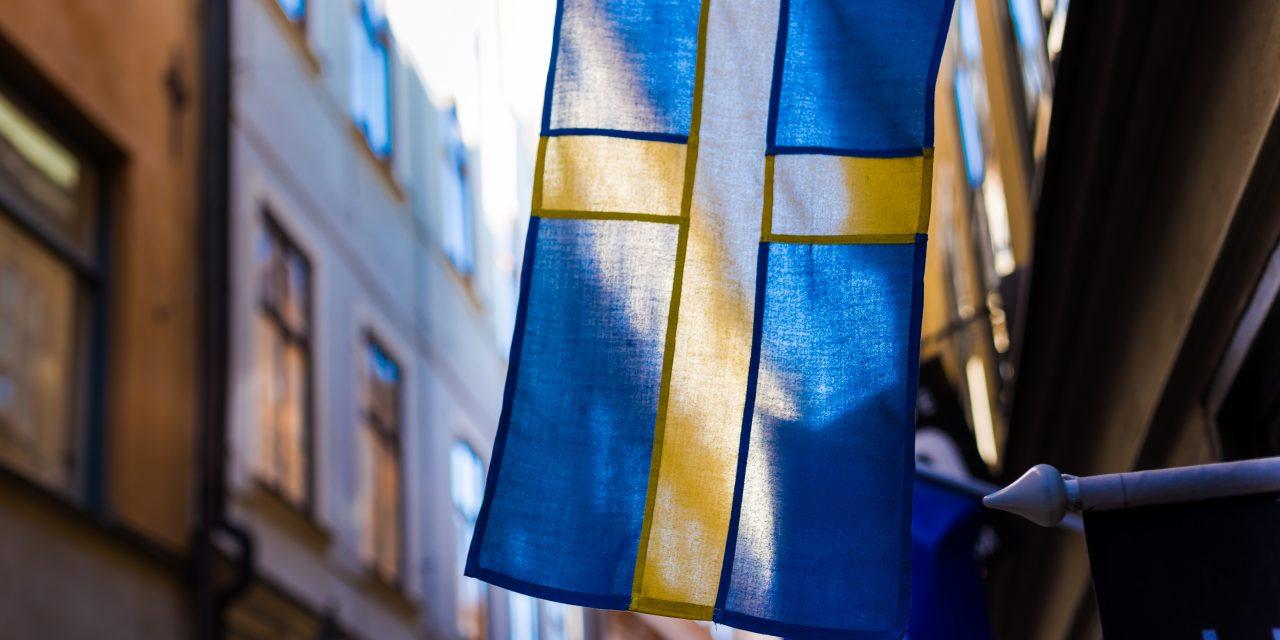 The Interlinking of Swedish Sports, Casinos, and Social Media