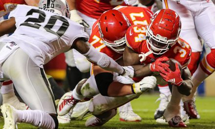 8 Top Chiefs vs Raiders Games to Rewatch